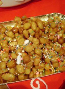 Gli struffoli, un dolce tipico della Ciociaria