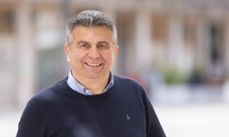 Primo piano di Enzo Salera, sindaco di Cassino
