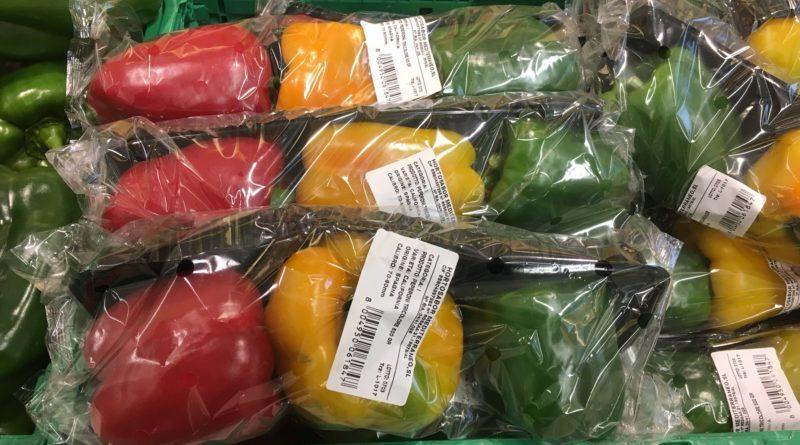 Frutta confezionata al supermarket
