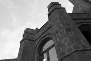 Un particolare del castello di Mignano Montelungo | foto di Matteo Ricci