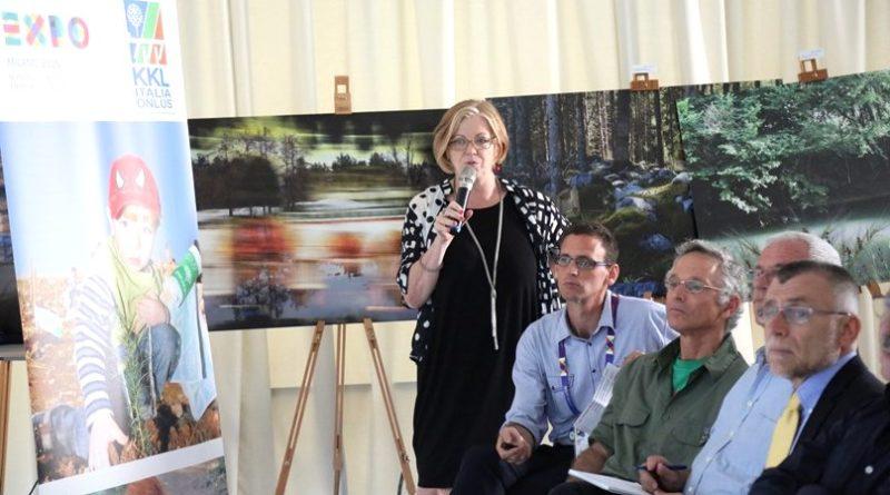 Gloria De Vincenzi durante una conferenza all'Expo di Milano del 2015