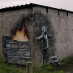 Cenere come neve, Banksy colpisce ancora