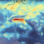 Un frame dell'animazione realizzata dall'ESA, che mostra la riduzione dell'inquinamento.